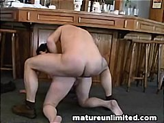 Chubby mom gets her wi...