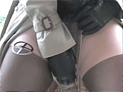 Sexy MILF in playing i...