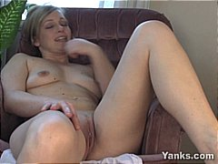 Xhamster - Girlfriend fucks her o...