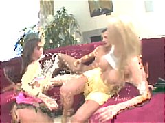 Rough Anal Threesome With A Squirt!!!!!!