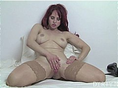 Fitness Redhead Gets N...