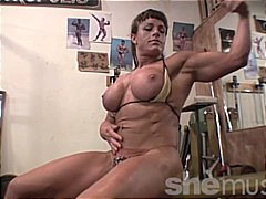 Thumb: Big Muscle, Big Tits