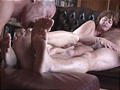 Cuckold lick both pf o...