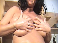 big boobs, milfs, brunettes,