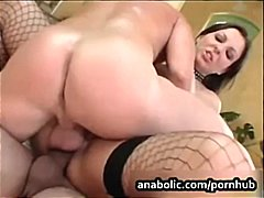 PornHub - She warms up with a di...
