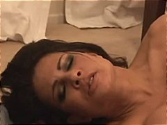 Teri Weigel Plays With...