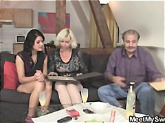 Xhamster Movie:Girlfriend and his parents hav...