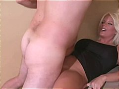 Homemade hardbody MILF... video