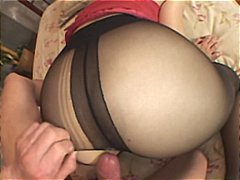 See: Sexy Japanese babe get...