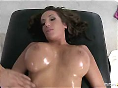 Cheating Big-tit brune... video
