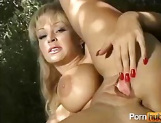 milf, big-tits, mature, pornhub, outdoor