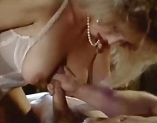 Xhamster Movie:Victoria Paris Threesome retro