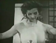 Vintage: Busty Vixens 2 of 2
