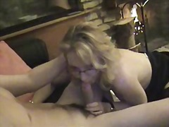 Sexy milf sucking and ... - Xhamster