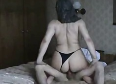 Thumb: Arab Housewife ridding...
