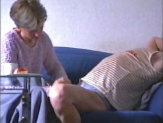 Wife masturbates the cock video