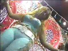 Thumb: HOT ARAB DANCE 3