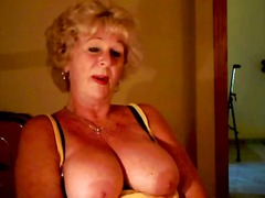 Xhamster Movie:Granny Andrea shows her juicy ...