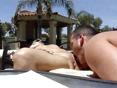 Thumb: Hot outdoor pussy eati...