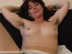 Hairy mature amateur i...