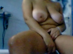 Sacrees gros seins video