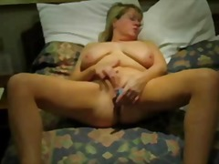 Thumb: Mature Housewife