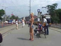Nude In Public Blonde ...