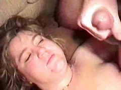 Mature BBW swinger wif...