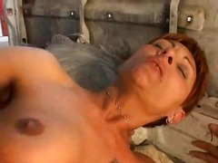 Altere sexy Frau in vo... - Xhamster