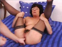 Xhamster Movie:Gaping Anal Granny in Stockings