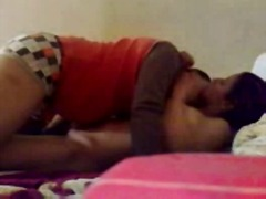 Arab amateur couple at...