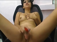 Masterbating asian hoe.dildo