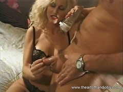 Xhamster Movie:Hottest MILF did an erotic han...