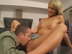 courtney simpson,  facials, blowjobs,