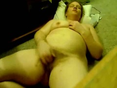 Thumb: BBW plays with the camera