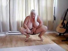 Thumb: BBW carole touch her p...