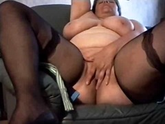 BBW wife plays and cums while hubby f...