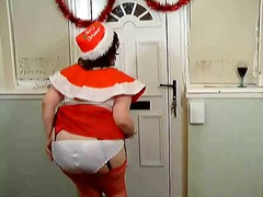 Mrs Santa Claus flashes! video