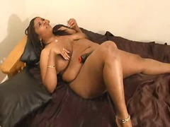 Thumbmail - Blaquecherri masturbation