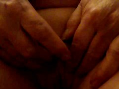 Thumbmail - Mature betty 2