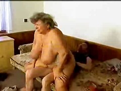Mature lady takes a pounding - 16:39