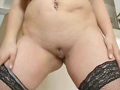 Thumbmail - Chubby plays with herself