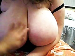 Busty MILF on livecam