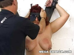 Marture slut with heavy pussy-weights...