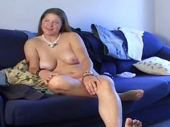 Xhamster Movie:CHUBBY BRUNETTE ANNE BIG PINK ...