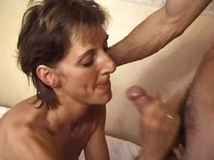 See: Hot older woman (parena)