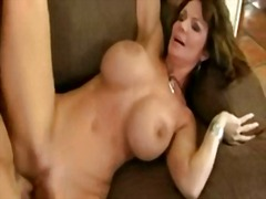 Deauxma - Queen of Milfs