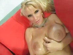 Hot Stacked Milf M27