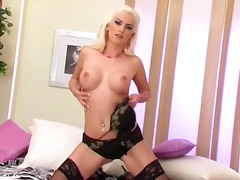Blonde teases in thigh... video
