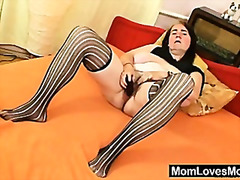 H2 Porn - Ugly grandma shows off big boobs and pussy